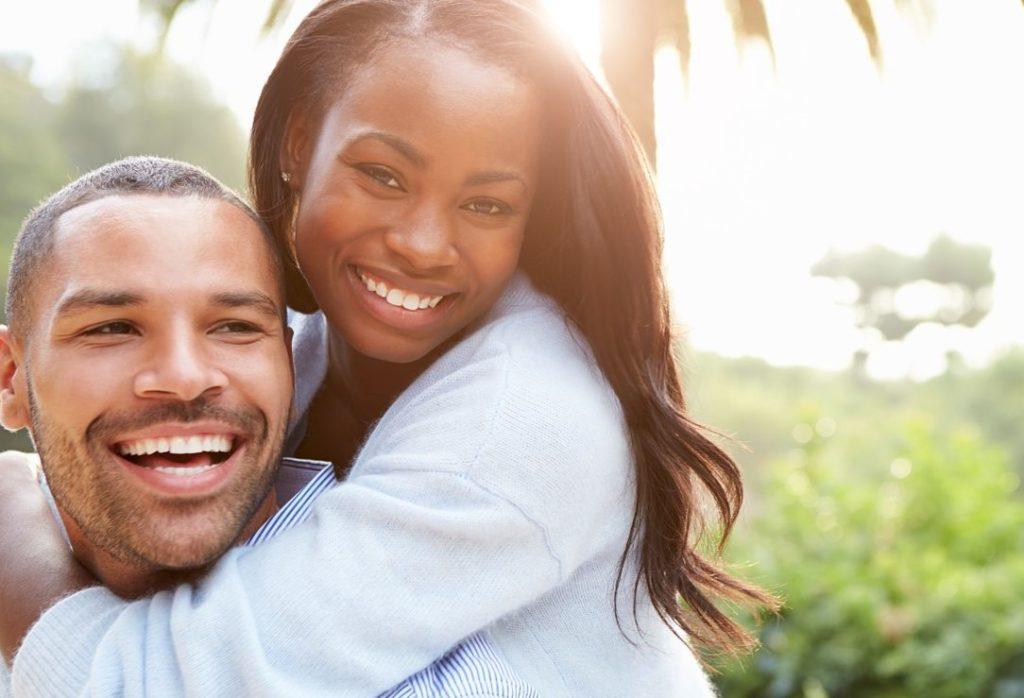 10 ans de mariage : conseils pour bien fêter vos noces d'Étain
