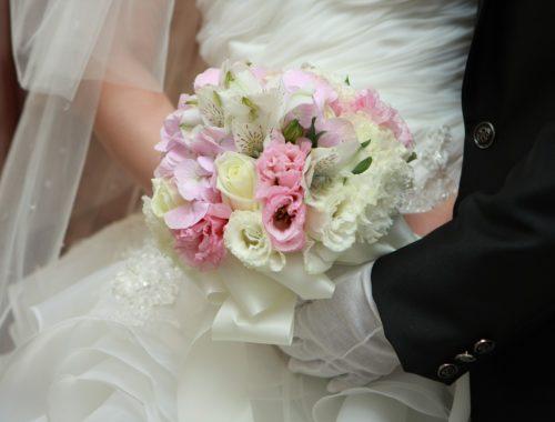 modèles de masques pour harmoniser tenue mariée