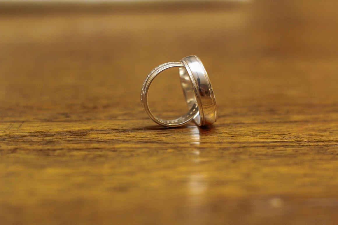 3 conseils à suivre pour bien choisir ses alliances de mariage
